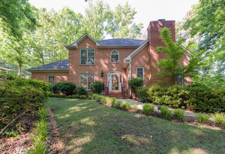 Virtual Tour of Birmingham Metro Real Estate Listing For Sale | 1018 Lake Forest Circle, Hoover, AL 35244