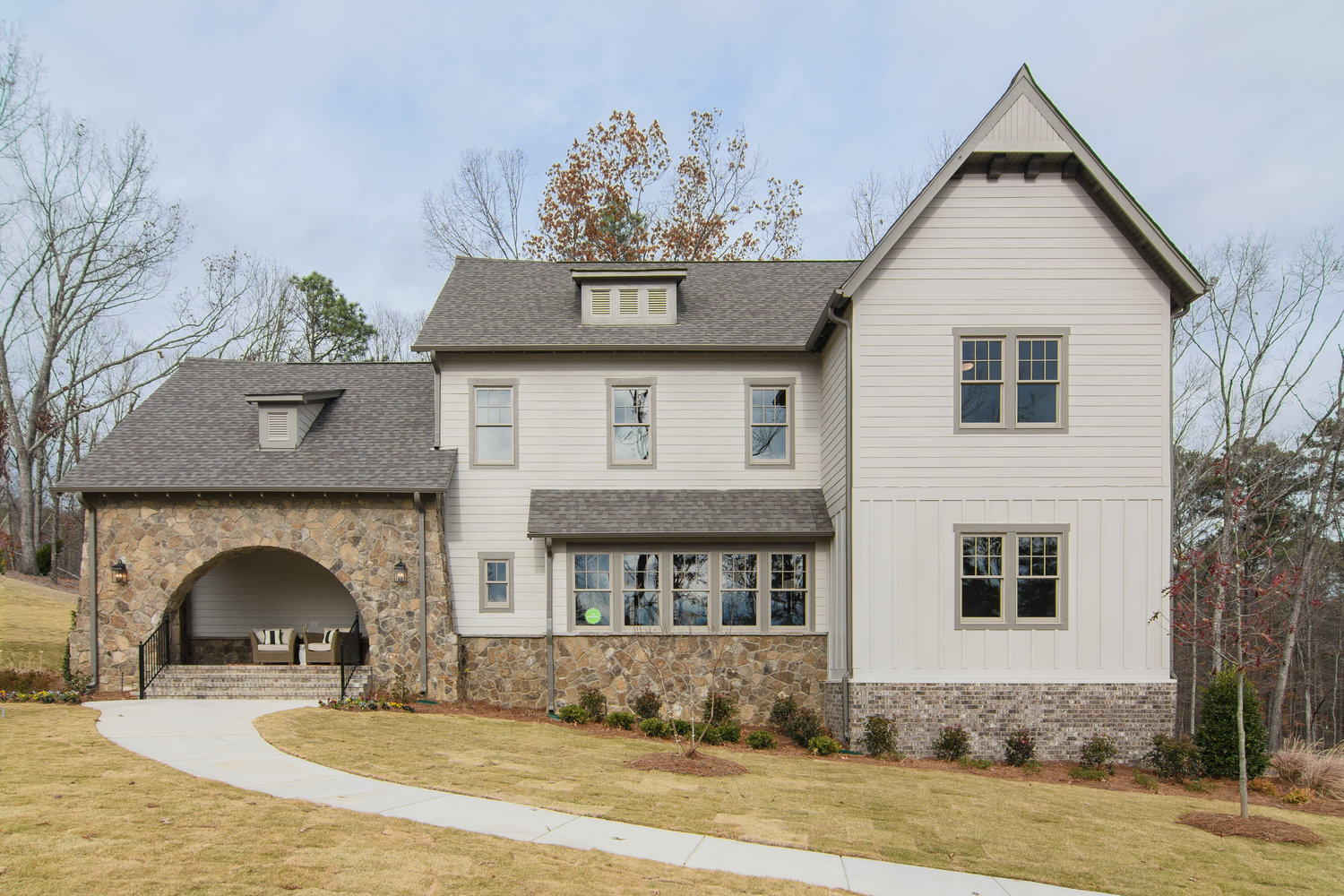 Virtual Tour of Birmingham Metro Real Estate Listing For Sale | 2284 Brock Circle, Hoover, AL 35242