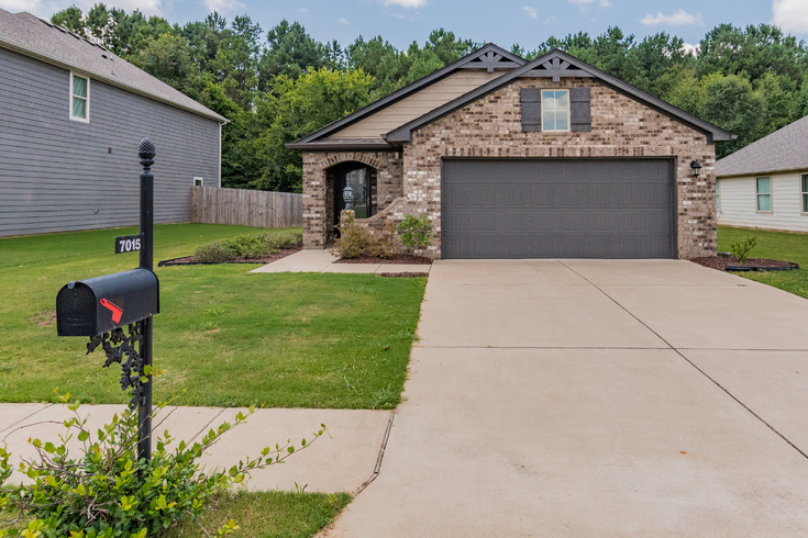 Virtual Tour of Birmingham Metro Real Estate Listing For Sale | 7015 Glenwood Lane, Moody, AL 35004